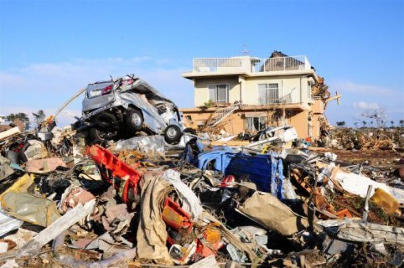 Wschodnie wybrzeże Japonii po przejściu tsunami (Kontakt24/Cezary)